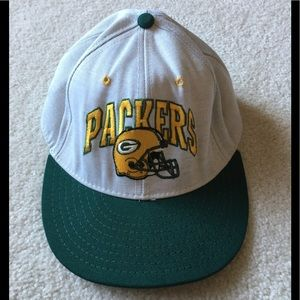 GREEN BAY PACKERS BALL CAP 🧢🏈